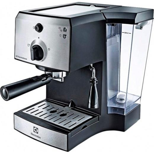 Кофеварка эспрессо ELECTROLUX EEA111